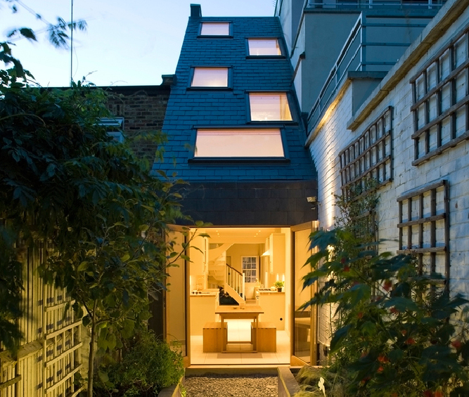 A Spectacular Renovation In Forest Hill London: Slim House By Alma/nac